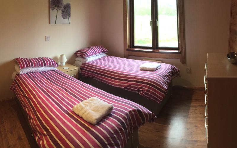 Kingfisher Lodge - Twin Bedroom